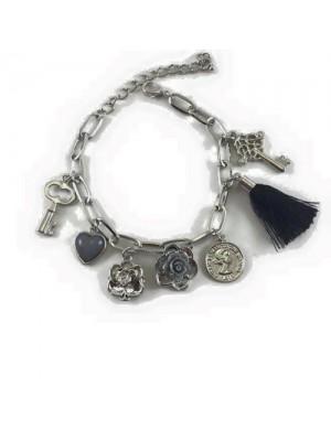Bratara argintie charm Key